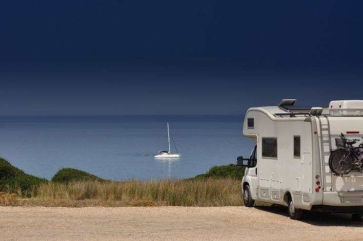 motorhome_on_the_beach.jpg
